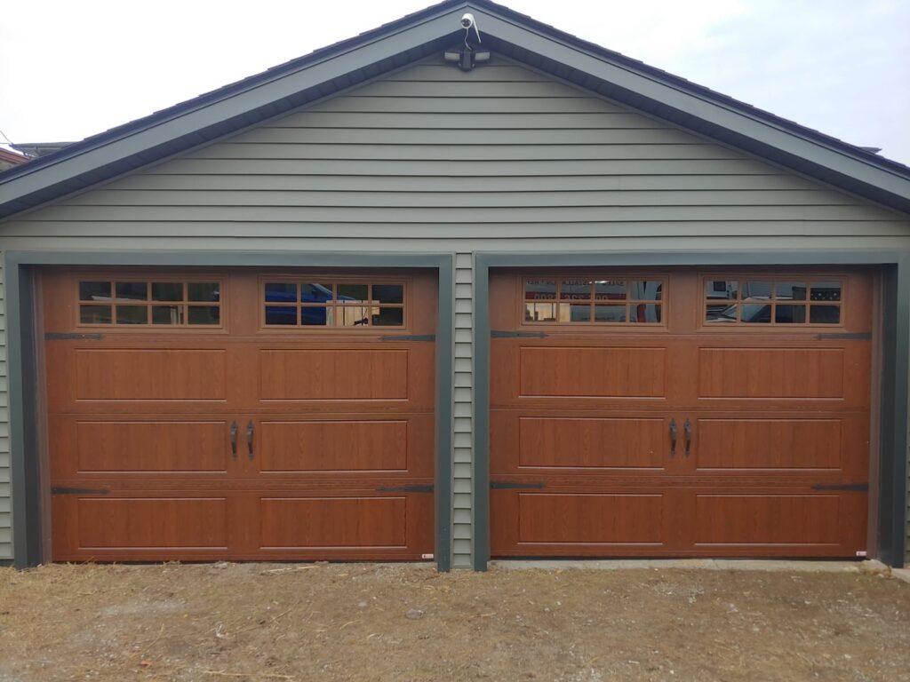 New brown Ranch door